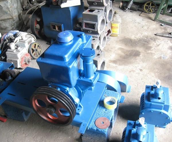 2X系列旋片式真空泵